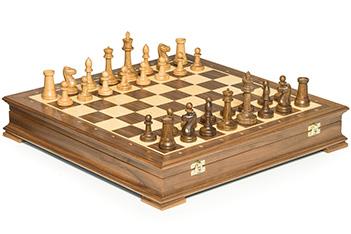 Шахматы стаунтон орех, 44х44см