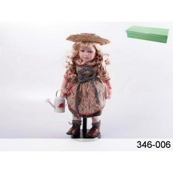 Кукла фарфоровая девочка с лейкой н=42 см.