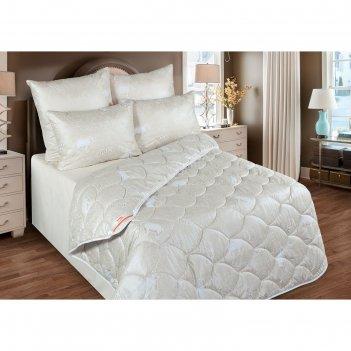 Одеяло 220х205, шерсть мериноса, ткань глосс-сатин, п/э 100%