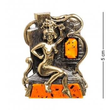 Am-1610 магнит банщица (латунь, янтарь)