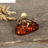 Сувенир из латуни и янтаря осьминог