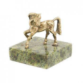 Статуэтка лошадка бронза змеевик