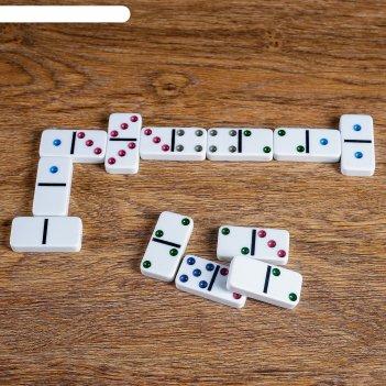 Игра домино в жестяной коробке