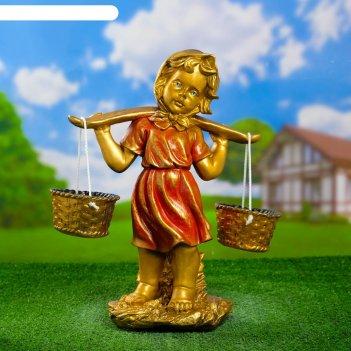Садовая фигура девочка с коромыслом бронза/красный  44х29х21см