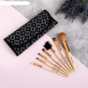 Набор кистей для макияжа «орнамент», 7 предметов, на кнопке, цвет чёрный/б