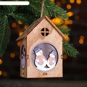 Декор с подсветкой снеговики в домике 7x8x11 см