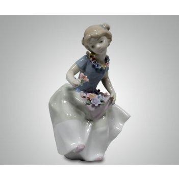 Статуэтка девушка с цветком