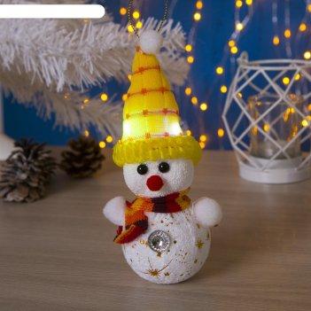 Игрушка световая снеговик в желтой шапочке (батарейки в комплекте) 6х17 см