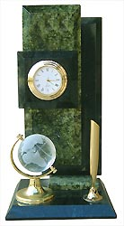 Настольные часы глобус, камень змеевик арт.3071