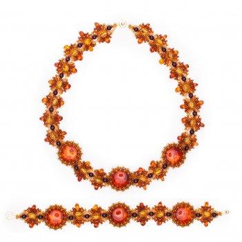 Комплект из натурального янтаря: ожерелье, браслет