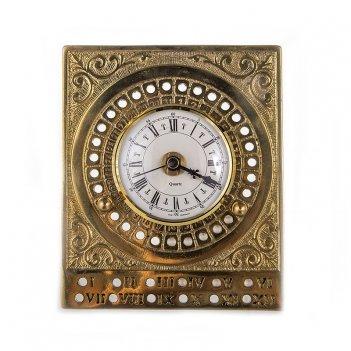 Аксессуар 14х12см.календарь с часами