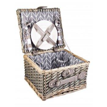 Набор для пикника на 2 персоны в корзине 30*27*18см