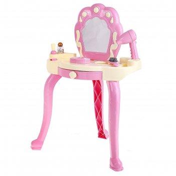 Столик для макияжа с аксессуарами