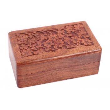Шкатулка с резьбой (дерево красный палисандр)
