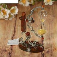 Сувенир из бронзы и янтаря песочные часы