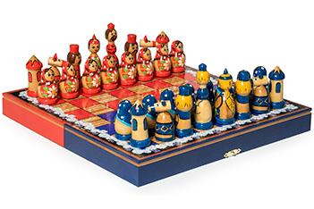 Шахматы матрешки подарочные синие-красные 30х30см ручная роспись