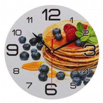 Часы настенные круглые панкейк с черникой, 24 см
