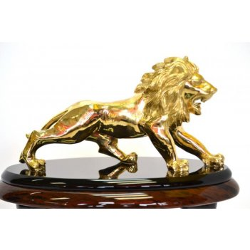 Часы из обсидиана с фигуркой льва