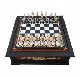 Экслюзивные шахматы  средневековье