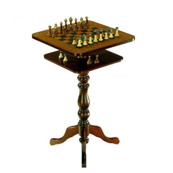 стол шахматный с фигурами