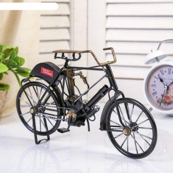 Сувенир велосипед с мотором ретро. indian camelback