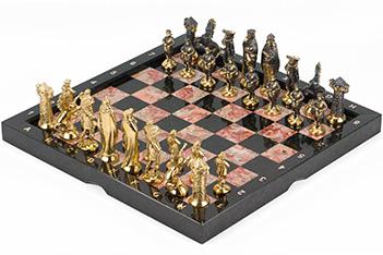 Шахматы средневековье бронза креноид змеевик 360х360 мм