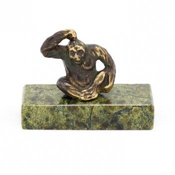 Статуэтка думающая обезьяна бронза змеевик