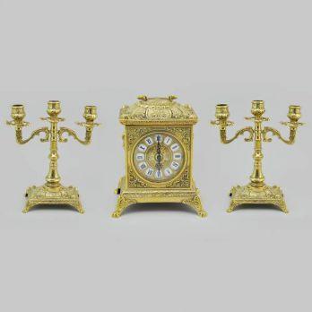 Набор часы с подсвечниками классика