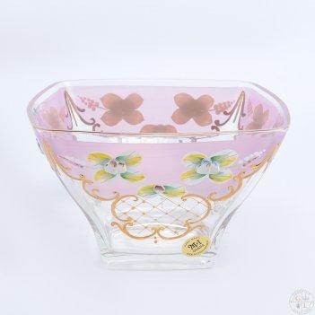 Конфетница розовая bohemia uhlir 18 см