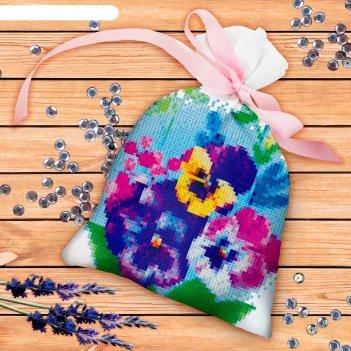 Вышивка крестиком на мешочке цветы