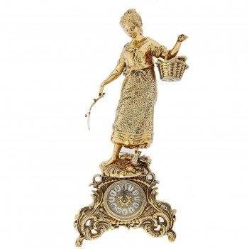 Часы каминные дама с корзинкой