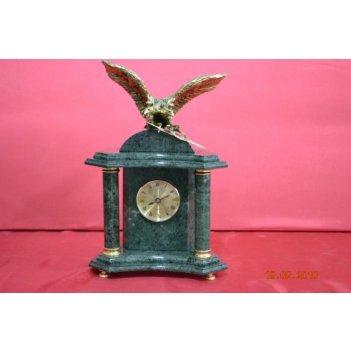 Часы настольные из мрамора с орлом