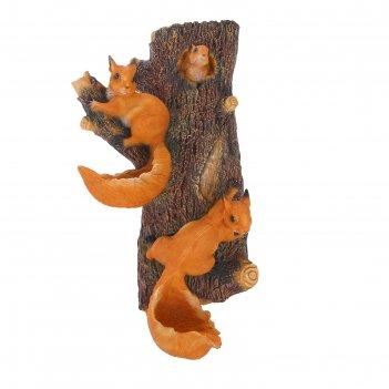 Садовая фигура навесные белки поилки на дереве н-65см