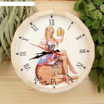 Часы банные бочонок добропаровъ. дама с пивом