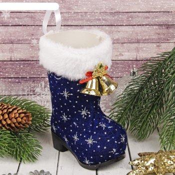 Подарочная упаковка сапожок в снежинку с колокольчиками