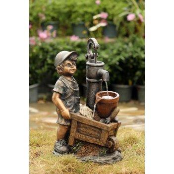 Декоративный фонтан  мальчик с тачкой