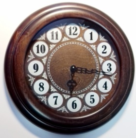 Часы круглые 01