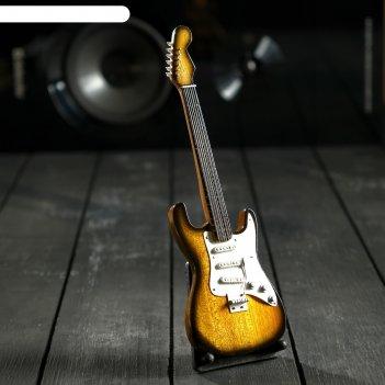 Гитара сувенирная fender жёлто-белая, на подставке 24х8х2 см