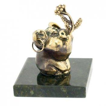 Статуэтка поросенок с цветком бронза змеевик