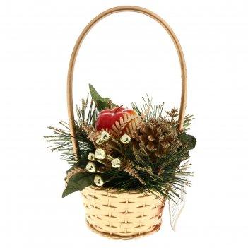 Композиция новогодняя в корзине яблочко