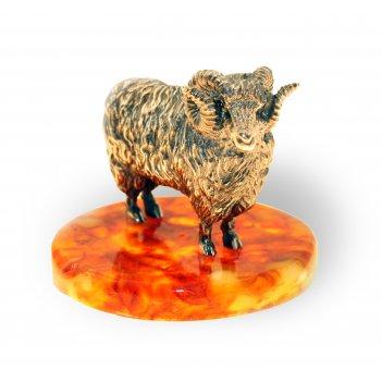 Сувенир год овцы из янтаря