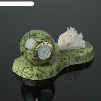 Часы шар, на подставке, с минералом, 20х10х9 см, змеевик