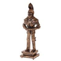 Сувенирное изделие рыцарь в доспехах с мечом