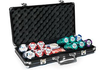 Профессиональный набор для игры в покер на 300 фишек world poker tour