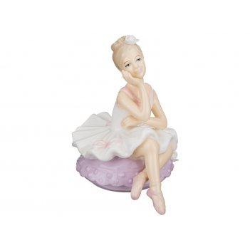 Фигурка балерина 8*7 см. высота=10 см.