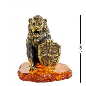 Am-2049 фигурка лев со щитом (латунь, янтарь)