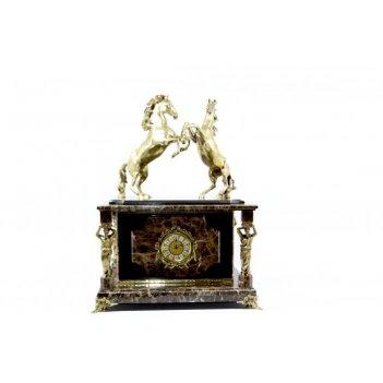 Часы-сейф из итальянского мрамора с лошадками