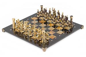 Шахматы римские фигуры из бронзы, доска змеевик, офиокальцит 40х40см
