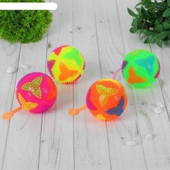 Мяч световой бумеранг на резинке 7,5 см, цвета микс