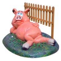Крышка люка свинья у забора